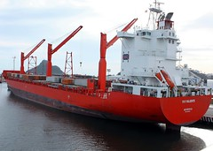 vehicle, freight transport, ship, floating production storage and offloading, cargo ship, panamax, watercraft, container ship,