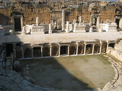 amphitheatre, ancient roman architecture, ancient history, ruins, ancient rome, fortification, archaeological site,