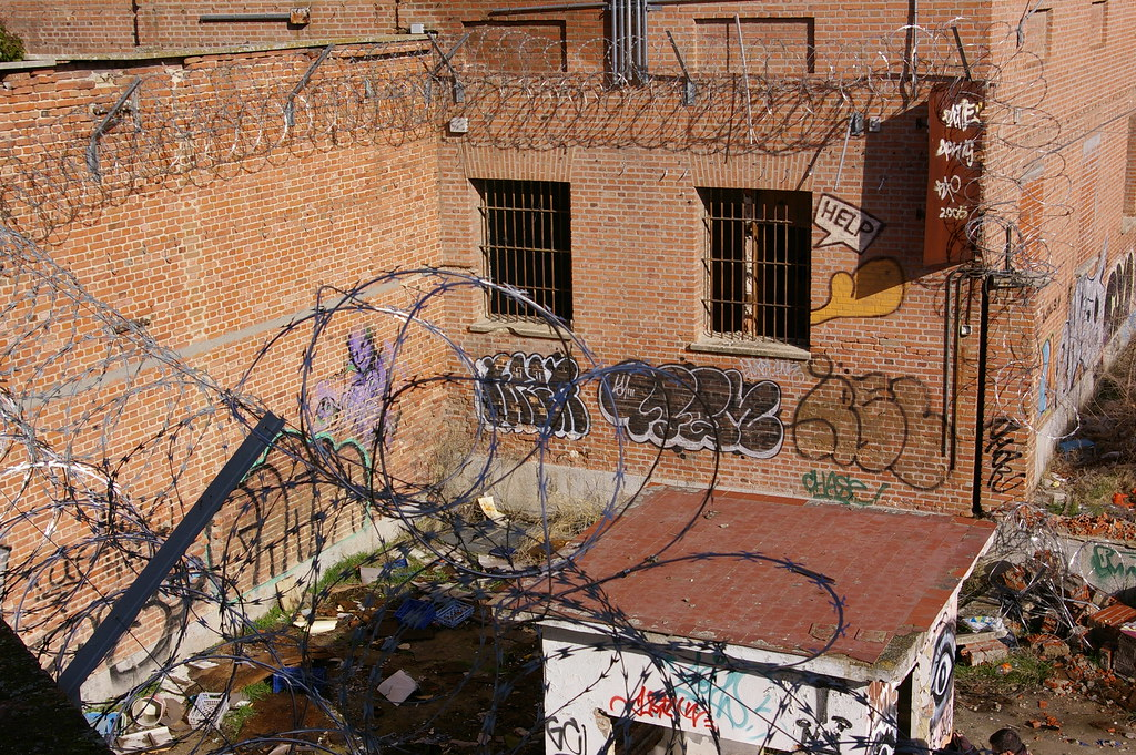 Cárcel abandonada
