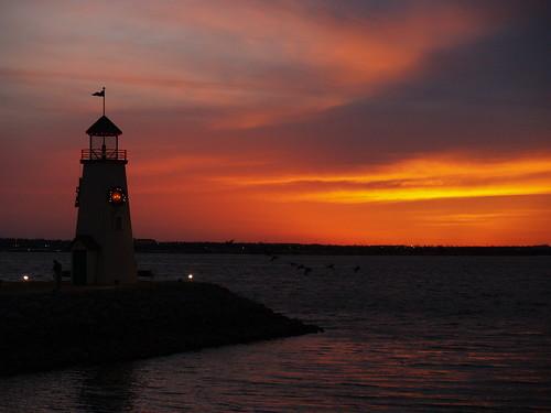 lighthouse oklahomacity lakehefner oklahomacountyoklahoma oklahomasunset okcmetro january2008 oklahomascenics olympuse500camera