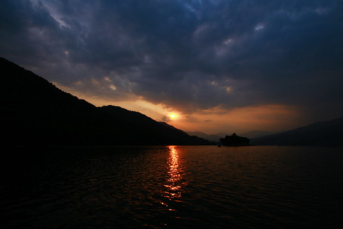 travel nepal sunset cloud lake mountains color art nature water night landscape boat pokhara npl canoneos30d canonef24105mmf4lisusm mohammadmustafizurrahman