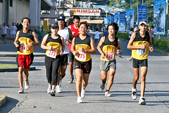 sprint(0.0), track and field athletics(0.0), recreation(0.0), 4 㗠100 metres relay(0.0), 800 metres(0.0), physical exercise(0.0), marathon(1.0), athletics(1.0), individual sports(1.0), sports(1.0), running(1.0), race(1.0), outdoor recreation(1.0), half marathon(1.0), racewalking(1.0), ultramarathon(1.0), duathlon(1.0), person(1.0), athlete(1.0),
