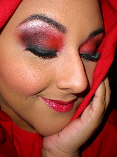 Little RedEvil Little Red Riding Hood Makeup