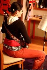 rachel with a late night banjo recital    MG 3725