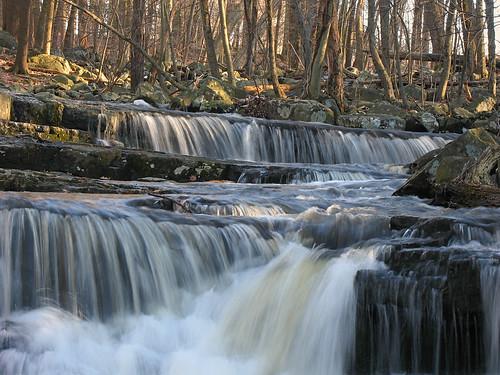 winter waterfall rocks pa lichen buckscounty highfalls upperblackeddy naturesfinest ringingrockscountypark