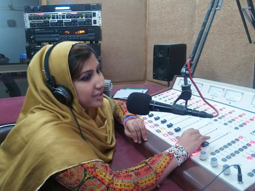 Pakistan's Pioneering Women Journalists: Freshta Shikhany