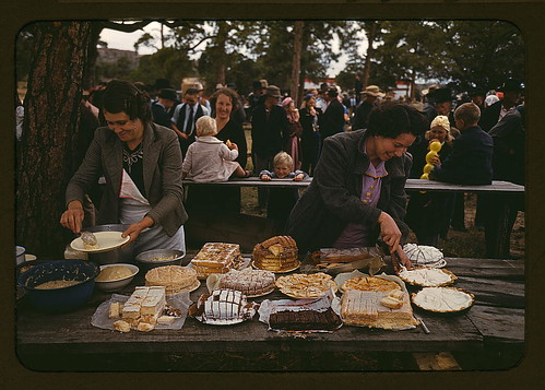 Getting ready to serve the barbeque dinner at the Pie Town, New Mexico Fair (LOC)