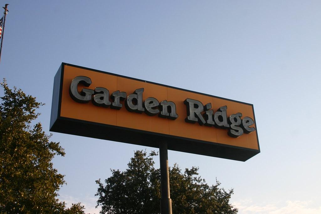 Garden Ridge garden centre