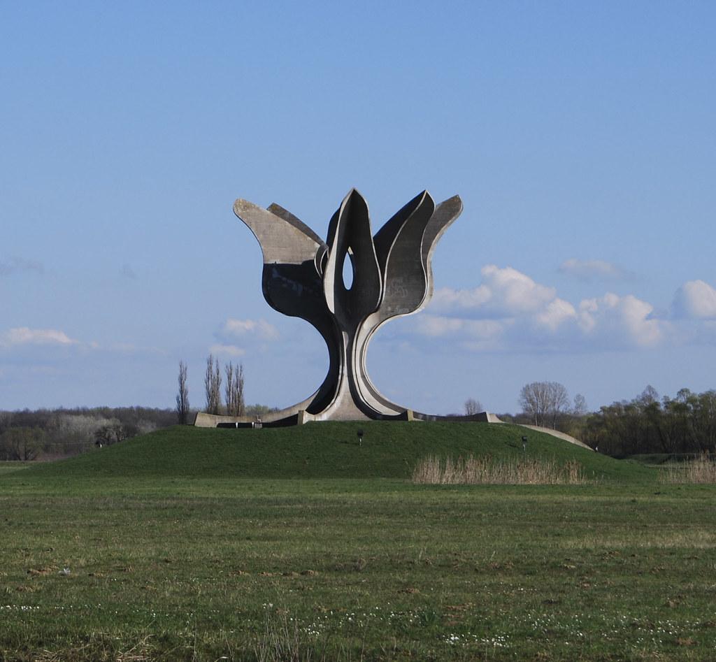 Jasenovac photo