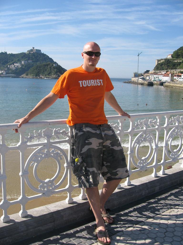 Toursit at San Sebastian