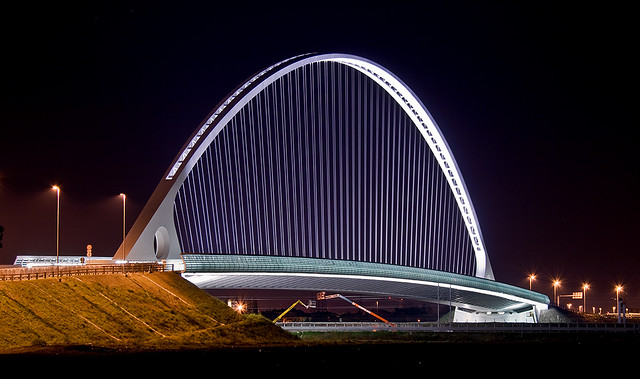 Ponte di Calatrava al casello autostradale di RE [Santiago Calatrava bridge at a local highway exit (Italy)]