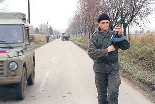 Balkans War 1991: foot patrol
