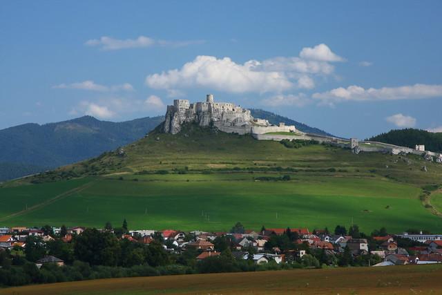 Spis Castle Slovakia - Flickr CC ronmacphotos