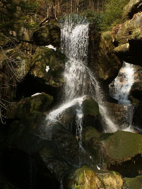 Lichtenhainer Wasserfall im Kirnitzschtal bei Bad Schandauer im Elbsandsteingebirge - Sächsische Schweiz