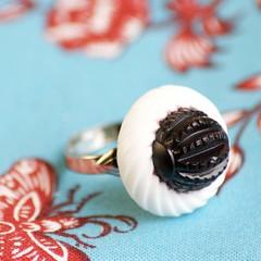 Blackberry Gumdrop Vintage Finger Lovely (TM)
