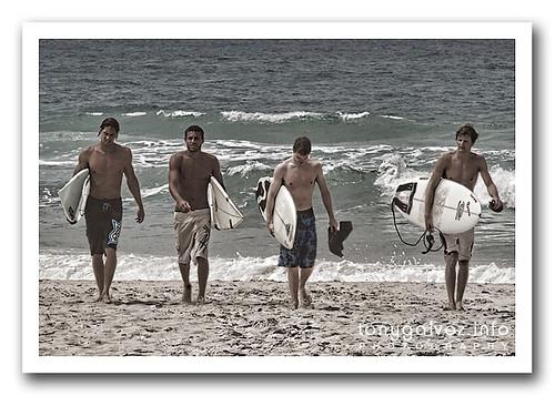surfistas / surfers