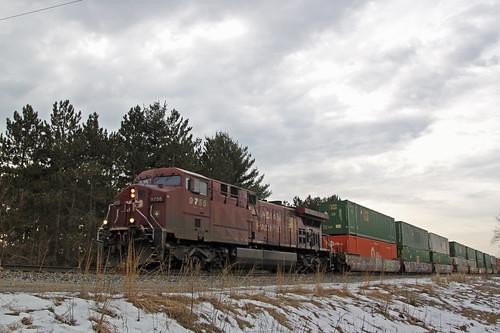 CP 9755 leads a 1x1 198 train approaching Wyocena