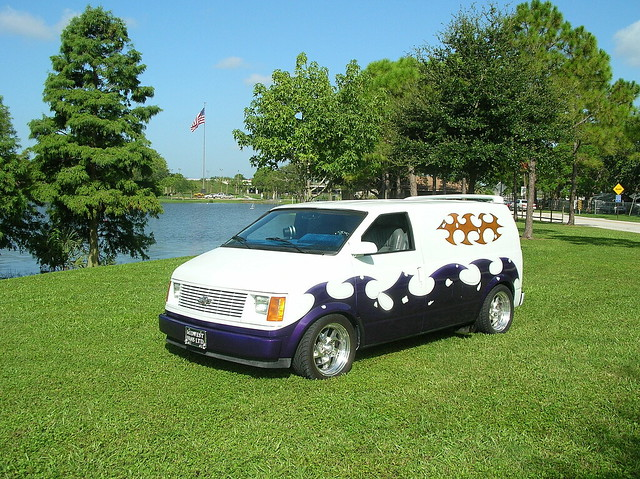 Custom Astro Van http://www.flickr.com/photos/21612551@N02/2095097225/