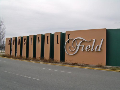 roosevelt field mall movie theater roosevelt field mall