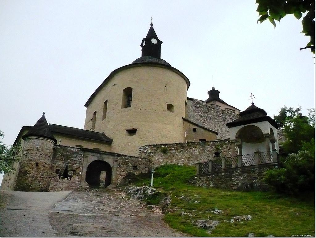 krasna horka castle, hrad krasna horka, krasna horka in slovakia, slovakia for tourists, tourist slovakia