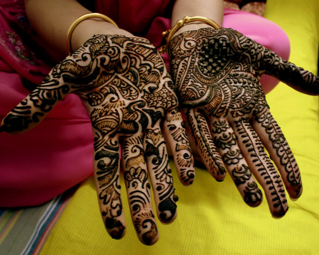 Mehndi Art Photos : Mehndi traditional henna art photos �twistedsifter