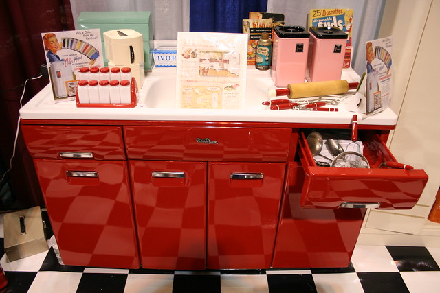 Beauty Queen Vintage Kitchen Cabinet Flickr Photo Sharing