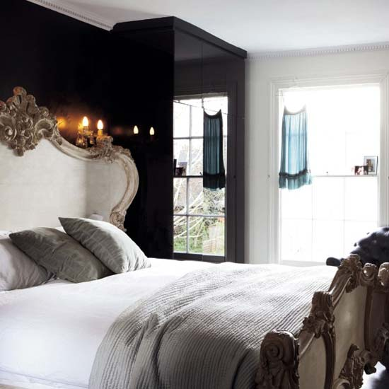 Beautiful bedrooms decorating tips decor8 for Black and white romantic bedroom ideas