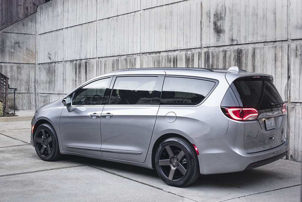Vwvortex Com 2018 Chrysler Pacifica Available With New S