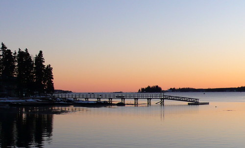 sunset cold still dock quiet maine january newengland harborisland brrrrrr boothbayharbor missingb wheresthelobstah