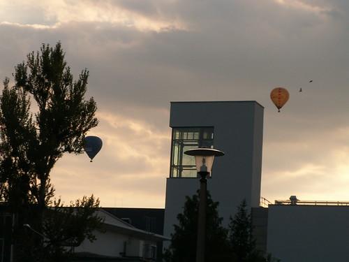 Ich wollte weinen, nachdem ich am Ballon vom Bau seines Luftschiffes gelesen hatte, und es war nicht vom Kuchen und viel Schlaf mit sonderbaren Träumen 010
