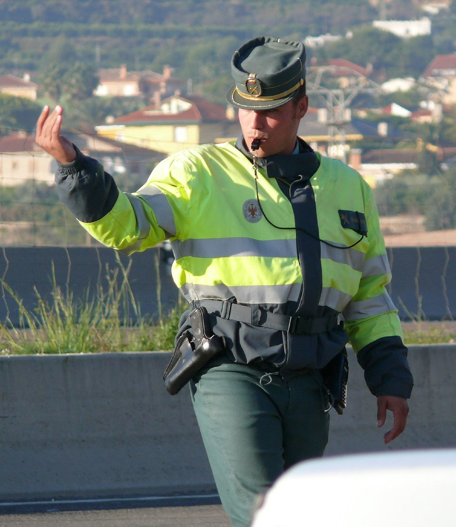 Oscar in the middle 39 s most interesting flickr photos picssr - Guardia civil trafico zaragoza ...