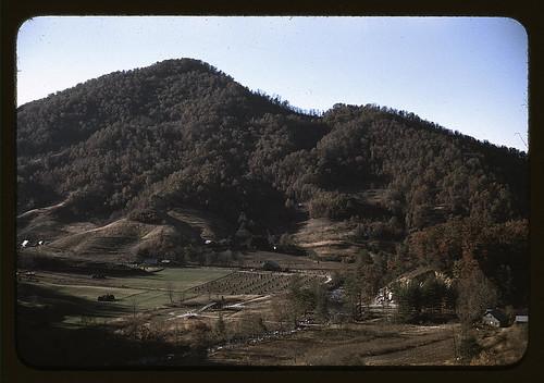A mountain farm along the Skyline Drive in Virginia (LOC)