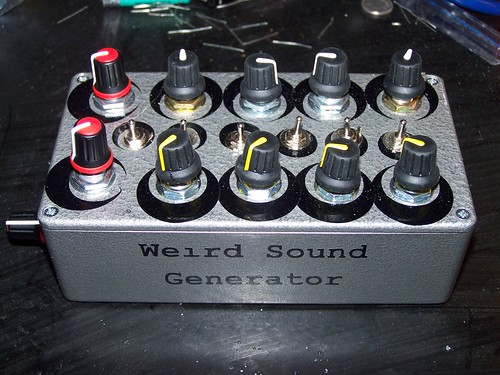Weird sound generator by Rusty Sheriff
