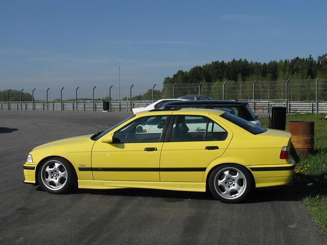 Image of BMW M3 Limousine E36