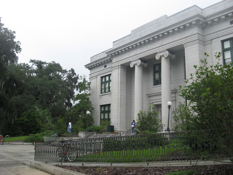 Live Oak Library Bull Street