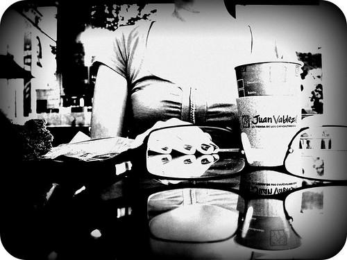 bw cafe bogota shadows nails gafas mesa blankandwhite yap loveisintheair juanvaldez teamo blackandwithe angelamaria ereselamordemivida maolopez mauriciolopez angelitalunatica coffeeisntintheair diferentviews quieroestarporelrestodemisdíascontigo maolopez20042008 cell573158378721