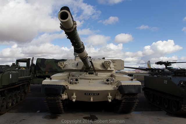British Chieftan Main Battle Tank-0800
