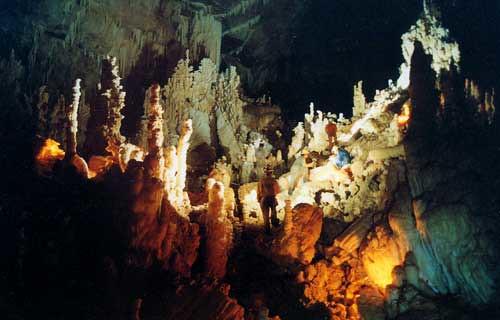 Pancake Chamber, Lagbasan Cave