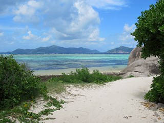 Anse Source d'Argent の画像. praslin ansesourcedargent beach ladigue islandseychelles island