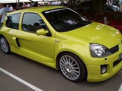 race car(0.0), automobile(1.0), automotive exterior(1.0), renault clio renault sport(1.0), renault clio v6 renault sport(1.0), wheel(1.0), vehicle(1.0), subcompact car(1.0), city car(1.0), bumper(1.0), hot hatch(1.0), land vehicle(1.0), hatchback(1.0),