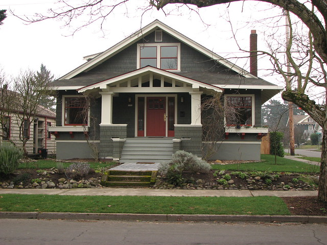 Inspiration bungalow flickr photo sharing for Craftsman bungalow style homes