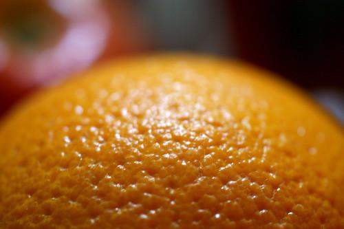 Via la buccia d'arancia proprio con l'arancia