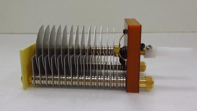 High Voltage Capacitors : High voltage air variable capacitors pf amplifier