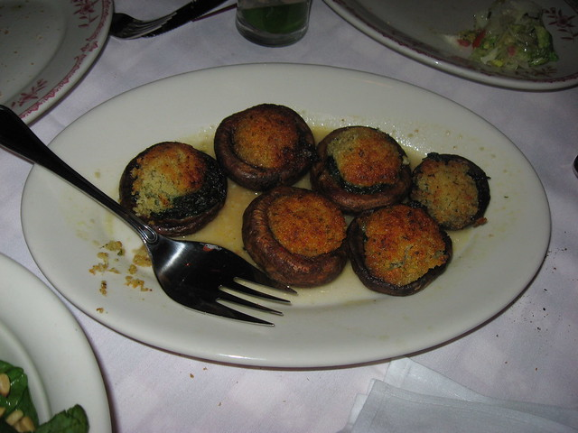 Maggiano's Little Italy: Stuffed mushrooms
