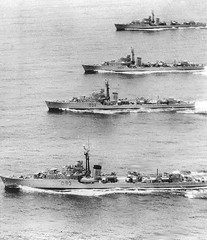 fast attack craft(0.0), torpedo boat(0.0), missile boat(0.0), pre-dreadnought battleship(0.0), frigate(0.0), motorboat(0.0), destroyer(0.0), gunboat(0.0), ironclad warship(0.0), guided missile destroyer(0.0), armored cruiser(0.0), light cruiser(0.0), naval ship(1.0), vehicle(1.0), ship(1.0), submarine chaser(1.0), minelayer(1.0), watercraft(1.0), warship(1.0), heavy cruiser(1.0),