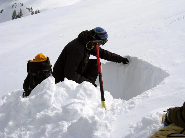 Testing snow density