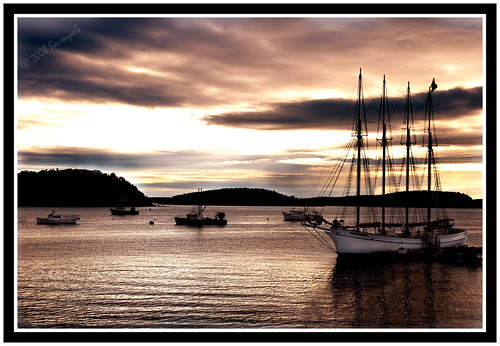 ocean seascape nature beauty sunrise boat maine scenic atlantic windjammer 1020mm acadia barharbor aplusphoto