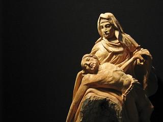 Bild av Santa Maria delle Grazie. wood milan madonna jesus figurine mothermary santamariadellegrazie flickrbestpics