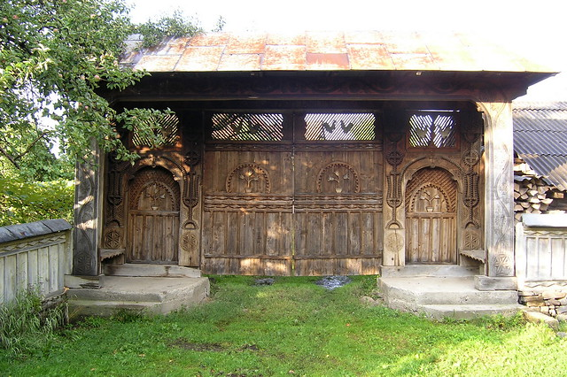 Panelled Doors Designs Modern Solid Wood Door Design Of Solid Wooden Panel Door With furthermore Garages Gallery more besides Vieille Ferme Renovee Touche Contemporaine besides Russian Log House also 1889607429. on wood houses