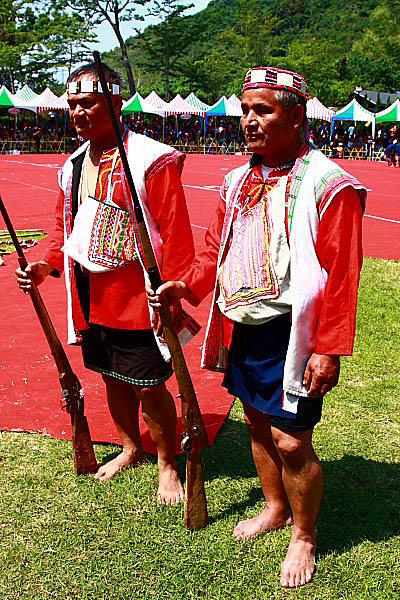 1U07布農族射耳祭-傳統服飾